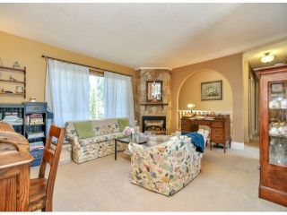 Photo 11: 13287 94TH Avenue in Surrey: Queen Mary Park Surrey House for sale : MLS®# F1316116