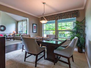 Photo 3: 879 Eastwicke Cres in COMOX: CV Comox (Town of) House for sale (Comox Valley)  : MLS®# 842967