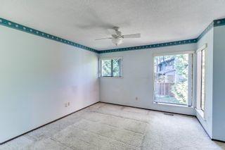 "Photo 9: 4849 FERNGLEN Drive in Burnaby: Greentree Village Townhouse for sale in ""GREENTREE VILLAGE"" (Burnaby South)  : MLS®# R2612306"