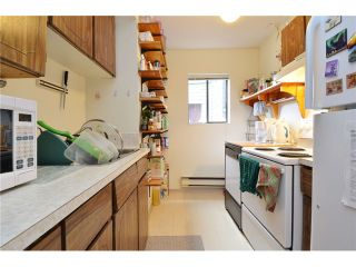 """Photo 11: 1335 - 1337 WALNUT Street in Vancouver: Kitsilano House for sale in """"Kits Point"""" (Vancouver West)  : MLS®# V1103862"""