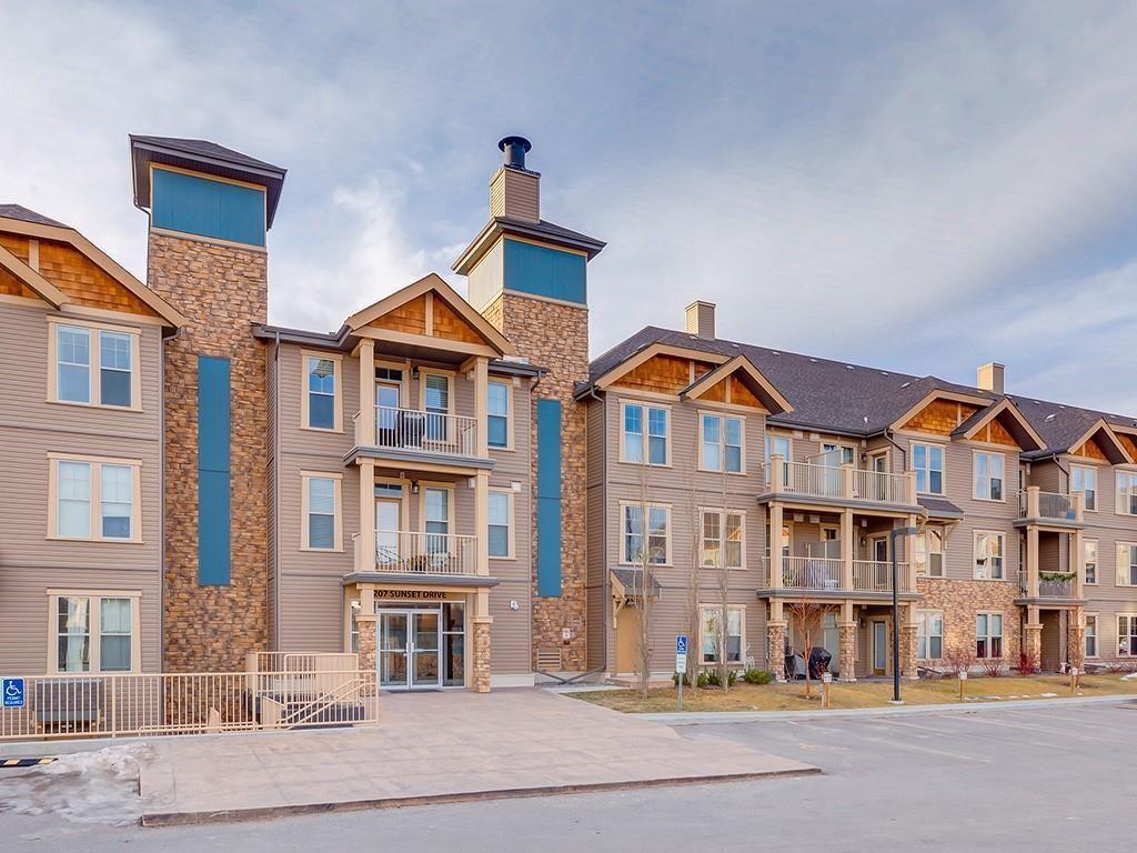 Main Photo: 425 207 SUNSET Drive: Cochrane Apartment for sale : MLS®# C4291361