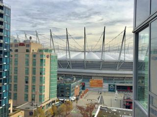"""Photo 13: 1204 821 CAMBIE Street in Vancouver: Downtown VW Condo for sale in """"RAFFLES ON ROBSON"""" (Vancouver West)  : MLS®# R2233653"""