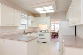 Photo 4: 10 4725 221 Street in Langley: Murrayville Townhouse for sale : MLS®# R2465425