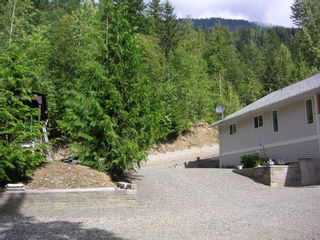 Photo 2: 8682 Penwith Way in St Ives: North Shuswap House for sale (Shuswap)  : MLS®# 10162657