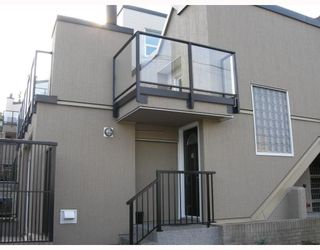 """Photo 1: 10 1350 W 6TH Avenue in Vancouver: Fairview VW Townhouse for sale in """"PEPPER RIDGE"""" (Vancouver West)  : MLS®# V752874"""