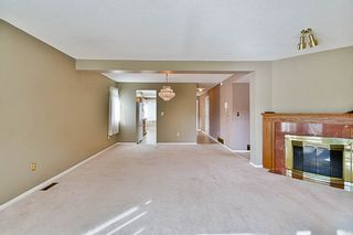 """Photo 4: 17 9971 151 Street in Surrey: Guildford Townhouse for sale in """"Spencer's Gate"""" (North Surrey)  : MLS®# R2111664"""