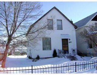 Photo 1:  in WINNIPEG: St James Residential for sale (West Winnipeg)  : MLS®# 2902256