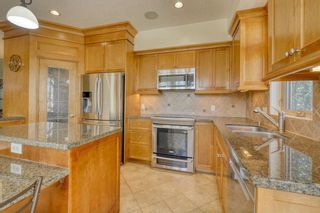 Photo 8: 400 53 Avenue SW in Calgary: Windsor Park Semi Detached for sale : MLS®# A1150356