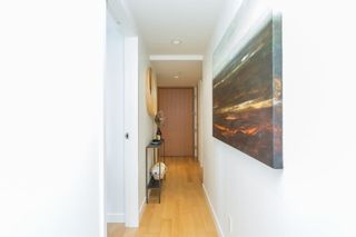 """Photo 5: 1005 1565 W 6TH Avenue in Vancouver: False Creek Condo for sale in """"6th & Fir"""" (Vancouver West)  : MLS®# R2598385"""