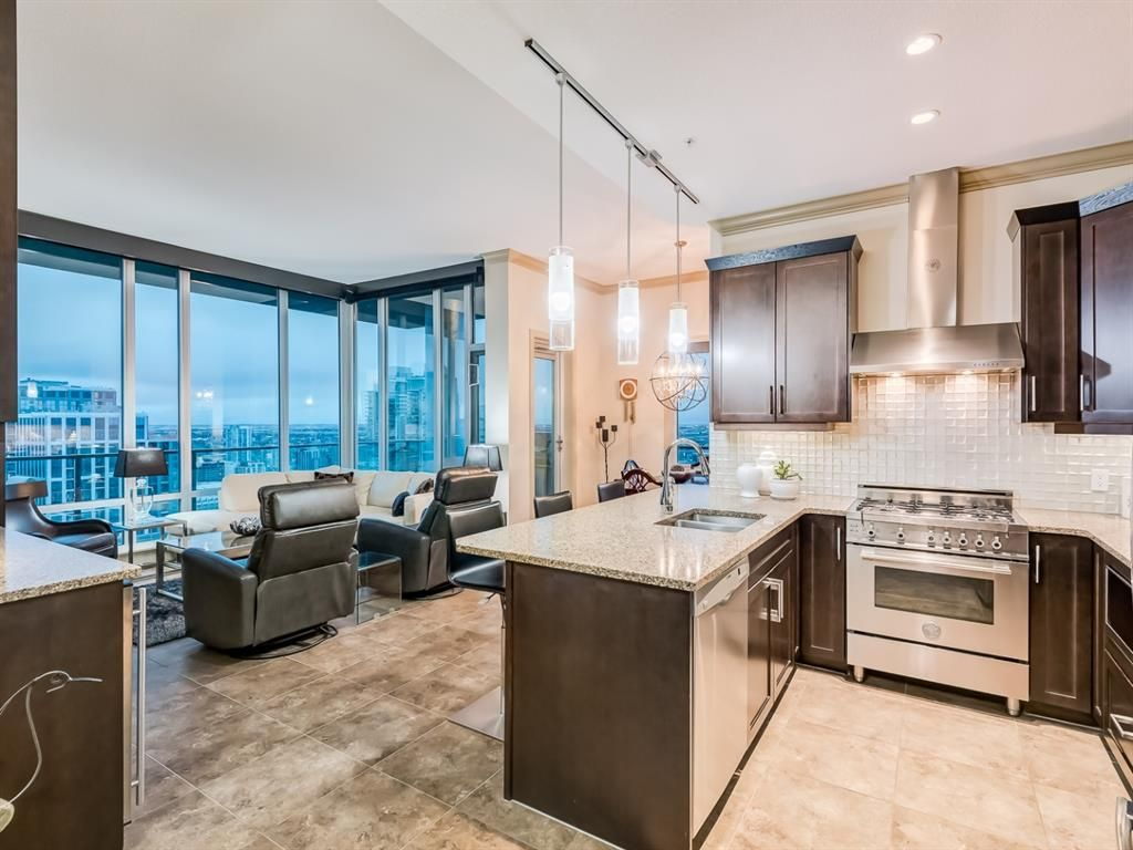 Main Photo: 3303 210 15 Avenue SE in Calgary: Beltline Apartment for sale : MLS®# A1128905