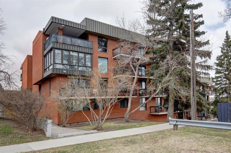 FEATURED LISTING: 403 - 354 3 Avenue Northeast Calgary
