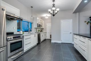 Photo 10: 1215 FIFTH Avenue in New Westminster: Uptown NW House for sale : MLS®# R2575147