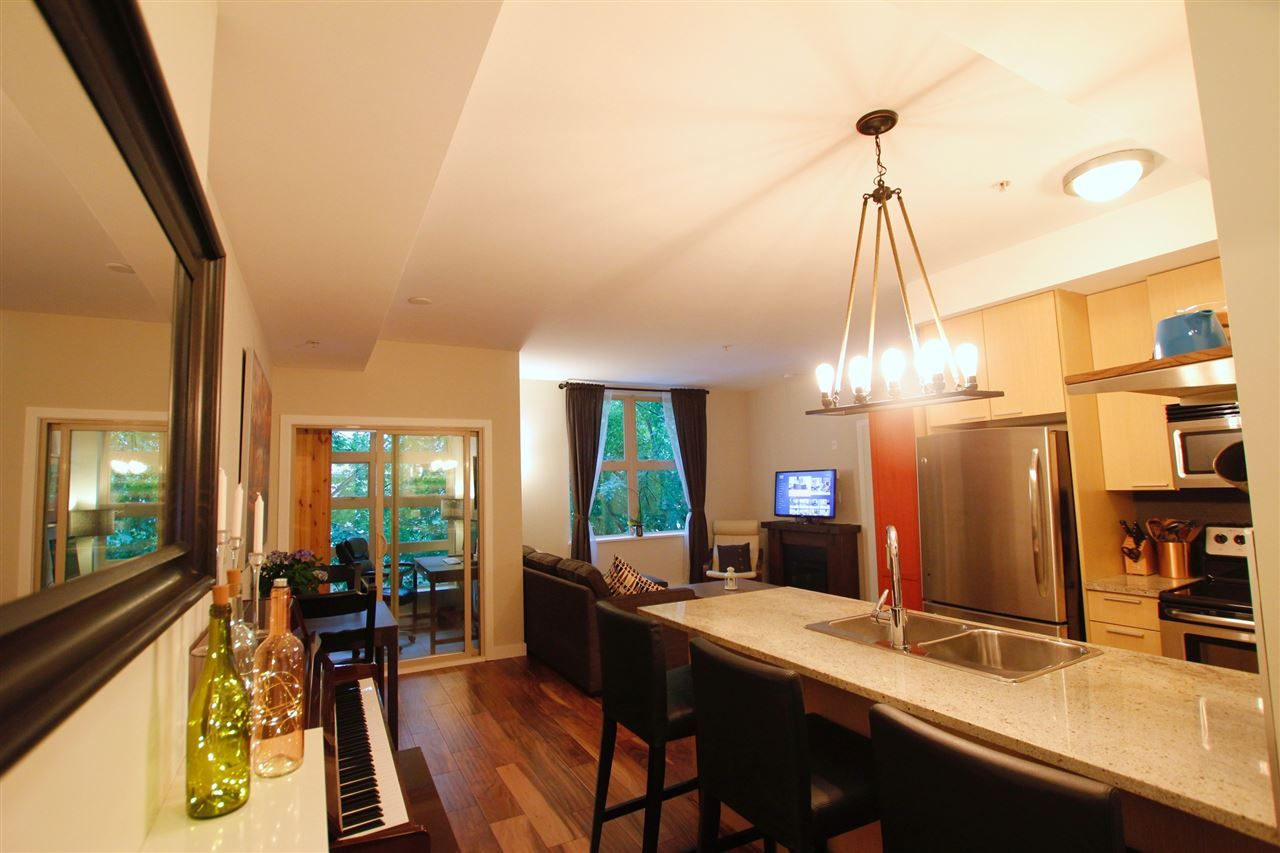 """Main Photo: 201 707 E 20 Avenue in Vancouver: Fraser VE Condo for sale in """"BLOSSOM"""" (Vancouver East)  : MLS®# R2499160"""