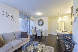 Photo 3: 802 2789 SHAUGHNESSY Street in Port Coquitlam: Central Pt Coquitlam Condo for sale : MLS®# R2234672
