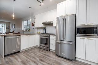 """Photo 6: 38354 SUMMITS VIEW Drive in Squamish: Downtown SQ Townhouse for sale in """"EAGLEWIND NATURE'S GATE"""" : MLS®# R2465983"""