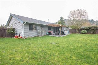 """Photo 15: 2633 MACBETH Crescent in Abbotsford: Abbotsford East House for sale in """"McMillan"""" : MLS®# R2043820"""