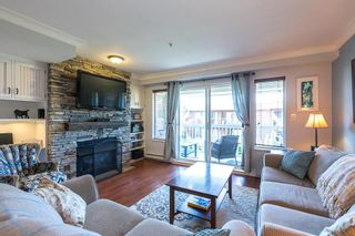 "Photo 1: 22 222 TENTH Street in New Westminster: Uptown NW Townhouse for sale in ""COBBLESTONE WALK"" : MLS®# R2096784"