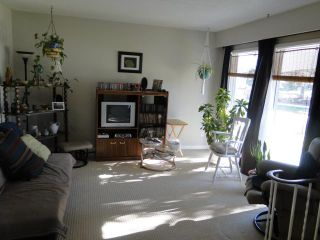 Photo 2: 6767 Betsworth Avenue in WINNIPEG: Charleswood Residential for sale (South Winnipeg)  : MLS®# 1021568