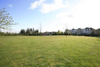 """Photo 20: 41 15450 101A Avenue in Surrey: Guildford Townhouse for sale in """"CANTERBURY"""" (North Surrey)  : MLS®# R2149046"""