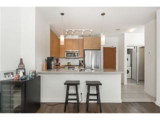 """Photo 6: 903 110 BREW Street in Port Moody: Port Moody Centre Condo for sale in """"ARIA 1-SUTER BROOK"""" : MLS®# V1126451"""