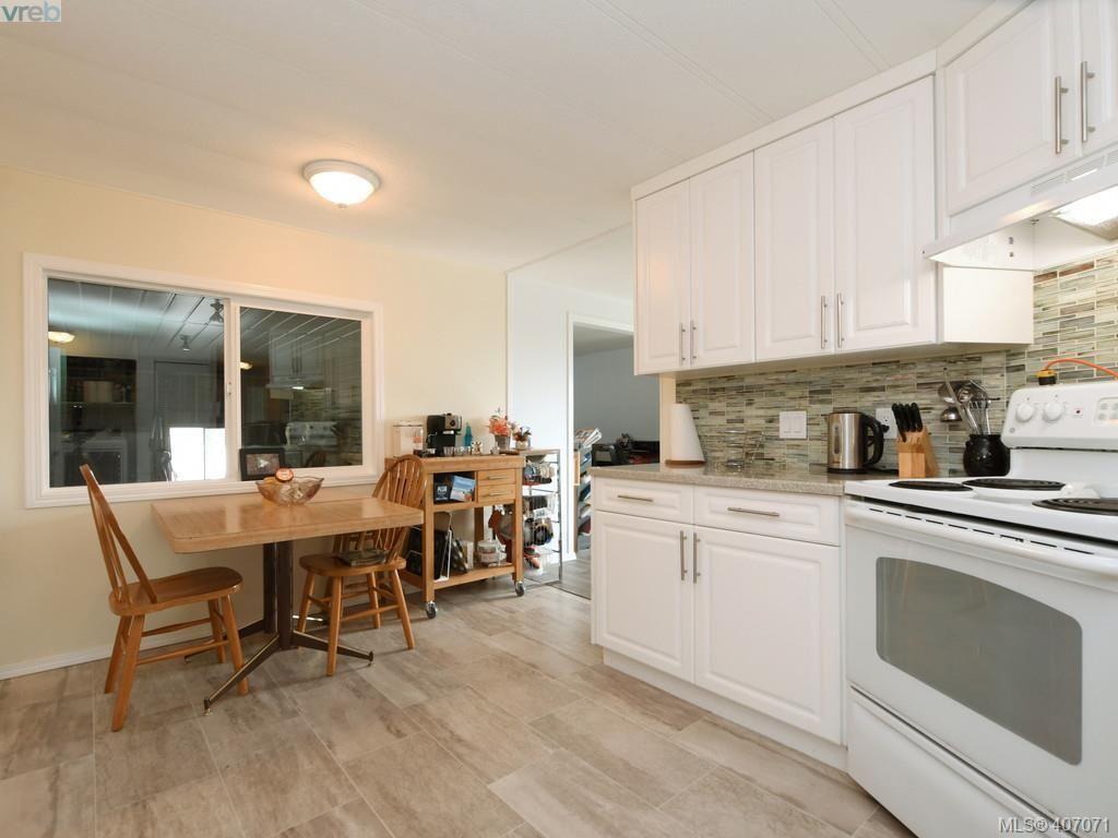 Photo 7: Photos: B 6621 Sooke Rd in SOOKE: Sk Sooke Vill Core Half Duplex for sale (Sooke)  : MLS®# 808999