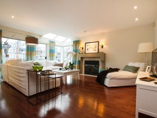 """Photo 9: 1592 ISLAND PARK Walk in Vancouver: False Creek Townhouse for sale in """"LAGOONS"""" (Vancouver West)  : MLS®# V1099043"""