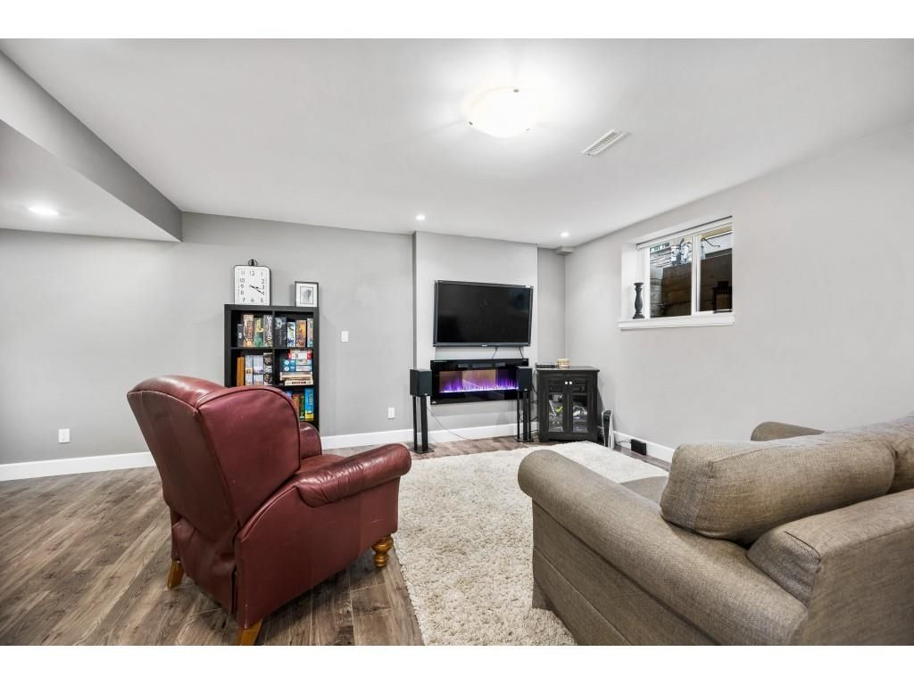 Photo 31: Photos: 5055 223 Street in Langley: Murrayville House for sale : MLS®# R2611969