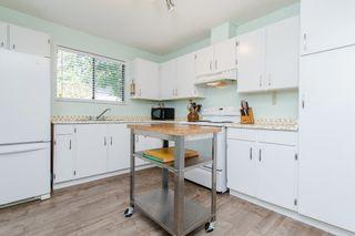 "Photo 13: 53 10836 152 Street in Surrey: Bolivar Heights Townhouse for sale in ""WOODBRIDGE"" (North Surrey)  : MLS®# R2181688"