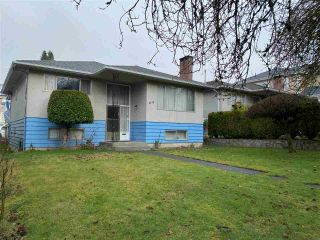 Photo 2: 2725 E 48TH Avenue in Vancouver: Killarney VE House for sale (Vancouver East)  : MLS®# R2533552