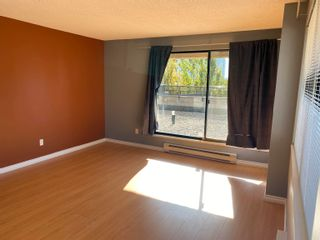 """Photo 2: G3 1026 QUEENS Avenue in New Westminster: Uptown NW Condo for sale in """"Amara Terrace"""" : MLS®# R2619763"""