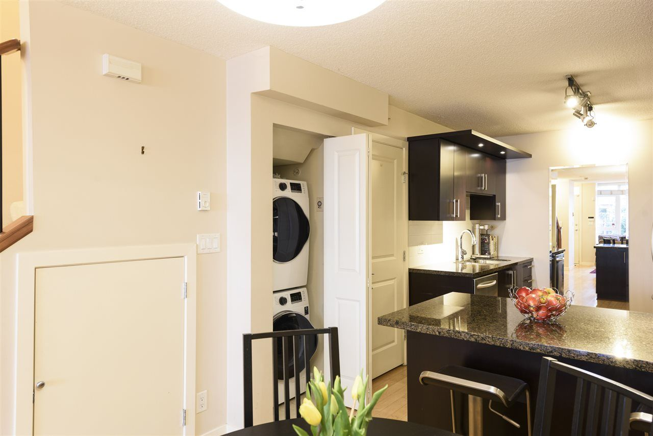 Photo 6: Photos: 1644 W 7TH AVENUE in Vancouver: Fairview VW Townhouse for sale (Vancouver West)  : MLS®# R2543861
