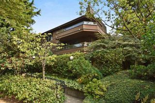 Photo 1: 201 224 N GARDEN Drive in Vancouver: Hastings Condo for sale (Vancouver East)  : MLS®# R2196844