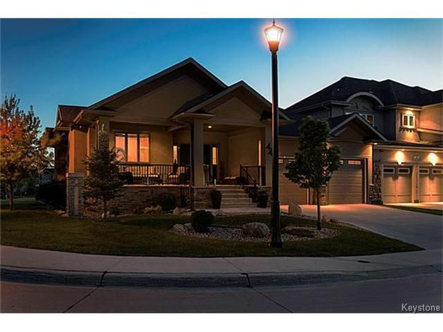 Main Photo: 44 Lake Forest Road in WINNIPEG: Fort Garry / Whyte Ridge / St Norbert Residential for sale (South Winnipeg)  : MLS®# 1514756