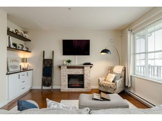 """Photo 4: 95 9525 204 Street in Langley: Walnut Grove Townhouse for sale in """"TIME"""" : MLS®# R2444659"""