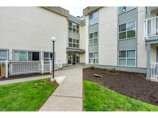 "Photo 2: 219 32850 GEORGE FERGUSON Way in Abbotsford: Central Abbotsford Condo for sale in ""Abbotsford Place"" : MLS®# R2389381"