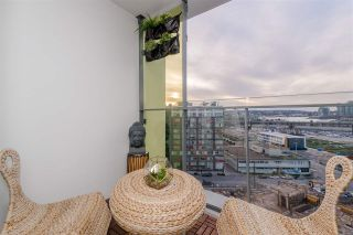 """Photo 15: 1409 1788 COLUMBIA Street in Vancouver: False Creek Condo for sale in """"Epic at West"""" (Vancouver West)  : MLS®# R2392931"""