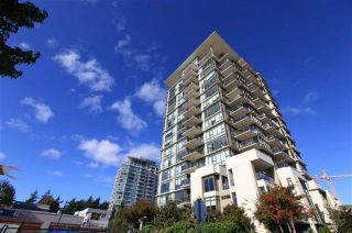 """Photo 1: 1801 1455 GEORGE Street: White Rock Condo for sale in """"AVRA"""" (South Surrey White Rock)  : MLS®# R2512335"""