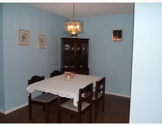 """Photo 3: 605 620 7TH Avenue in New_Westminster: Uptown NW Condo for sale in """"Charter House"""" (New Westminster)  : MLS®# V660368"""