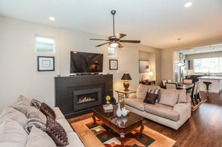 Photo 3: 10415 ROBERTSON STREET in Maple Ridge: Albion House for sale : MLS®# R2144037
