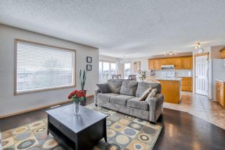 Photo 8: 60 Edgeridge Close NW in Calgary: Edgemont Detached for sale : MLS®# A1112714