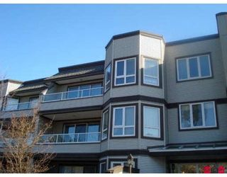 """Main Photo: 312 1840 E SOUTHMERE Crescent in Surrey: Sunnyside Park Surrey Condo for sale in """"SOUTHMERE MEWS"""" (South Surrey White Rock)  : MLS®# F2904400"""
