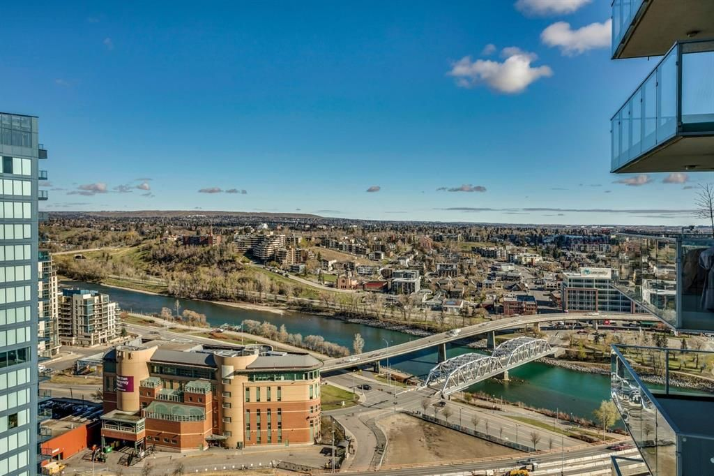 Main Photo: 2606 510 6 Avenue SE in Calgary: Downtown East Village Apartment for sale : MLS®# A1131601