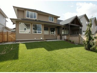 "Photo 10: 7772 211TH Street in Langley: Willoughby Heights House for sale in ""Yorkson South"" : MLS®# F1310398"