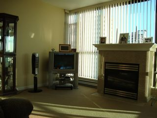 """Photo 6: 905 615 HAMILTON STREET in """"THE UPTOWN"""": Home for sale"""