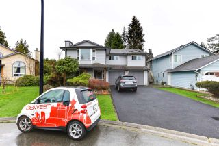 Photo 2: 20186 BRUCE Avenue in Maple Ridge: Southwest Maple Ridge House for sale : MLS®# R2564425