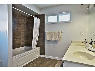Photo 3: 5011 Hollymount Gate in Richmond: Steveston North Duplex for sale : MLS®# V1072790