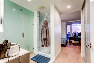 """Photo 30: 2701 1499 W PENDER Street in Vancouver: Coal Harbour Condo for sale in """"West Pender Place"""" (Vancouver West)  : MLS®# R2520927"""