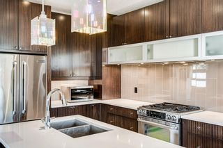 Photo 16: 2203 13 Street NW in Calgary: Capitol Hill Semi Detached for sale : MLS®# A1151291
