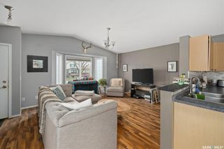 Photo 3: 415 L Avenue North in Saskatoon: Westmount Residential for sale : MLS®# SK869898