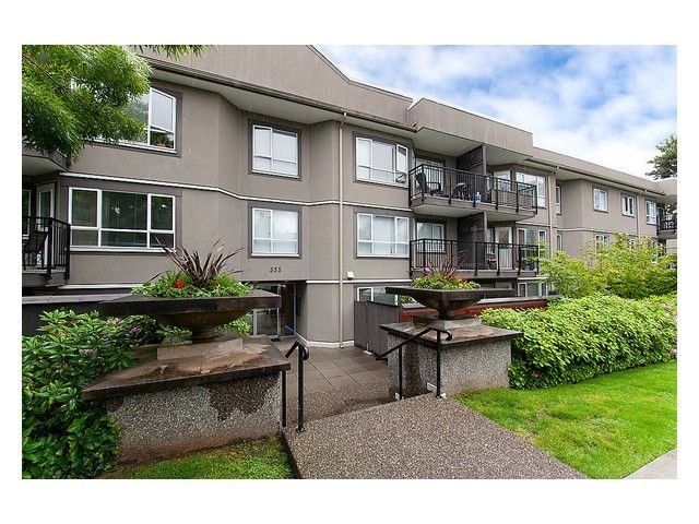 Main Photo: #216 555 W 14th Ave in Vancouver: Fairview VW House for sale (Vancouver West)  : MLS®# V1009929